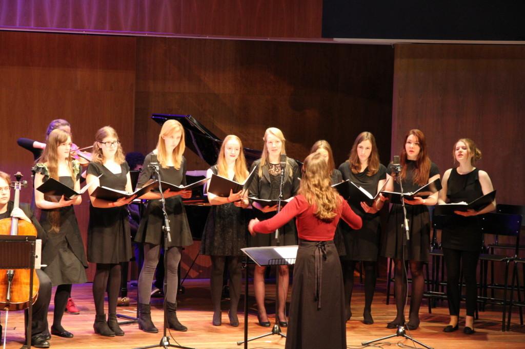 """Medusa zingt """"The Snow"""" van E. Elgar tijdens het UUnited Muziekfestival in TivoliVredenburg. Foto door Paul van Laar."""